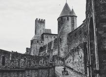 Visite guidée - Quand l'Histoire rencontre la légende - agence paysdoc.com - Carcassonne