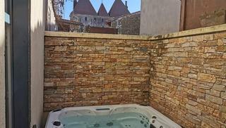 UN GÎTE DANS LA CITÉ - Carcassonne
