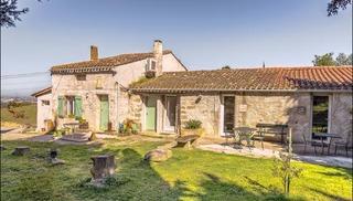 ÉCURIES DE SAINTE CROIX - Carcassonne