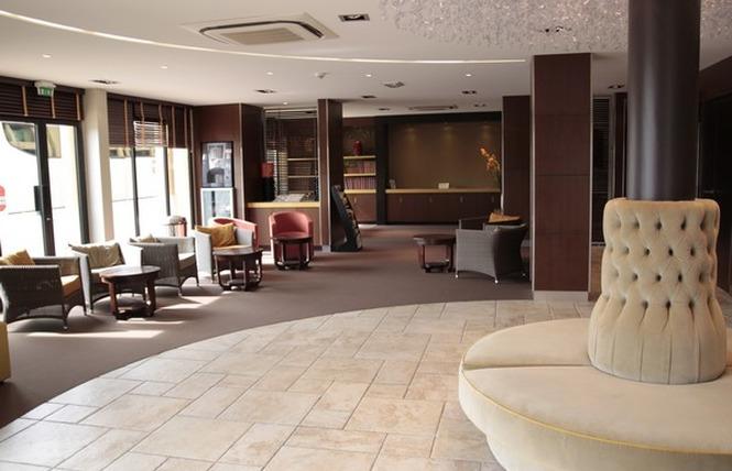 HOTEL DES TROIS COURONNES 9 - Carcassonne