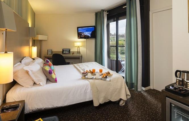HOTEL DES TROIS COURONNES 8 - Carcassonne
