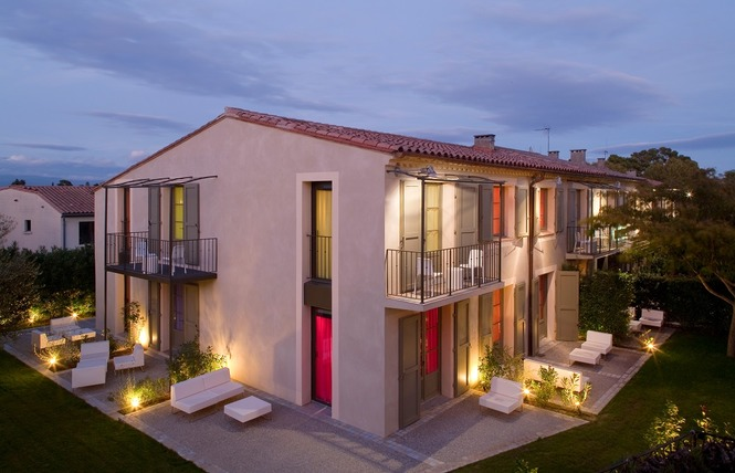 HOTEL MONTMORENCY & SPA 1 - Carcassonne