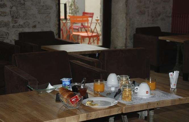 POUR UNE AMOURETTE 3 - Carcassonne